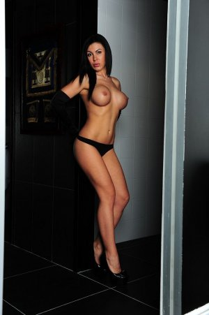 Maria-louisa pegging escorts in Canton