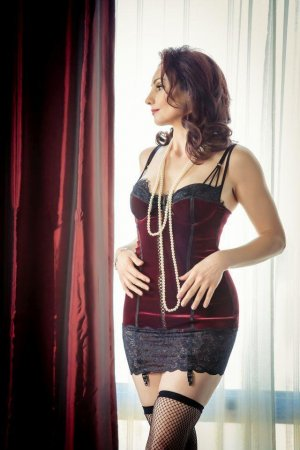 Marie-flavie transexual escort girl in Holyhead