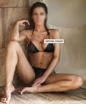 Denisa brunette incall escort Lakeland